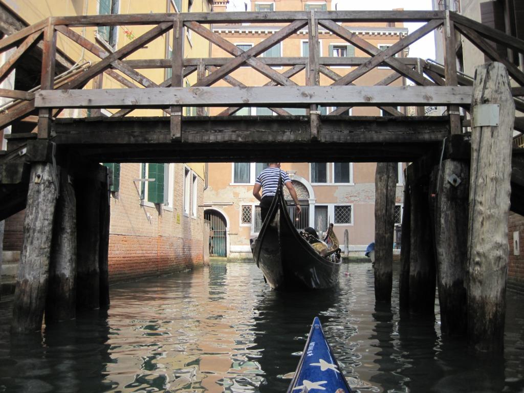 High Water Gondola Rowing - Lying down 2 - 1385