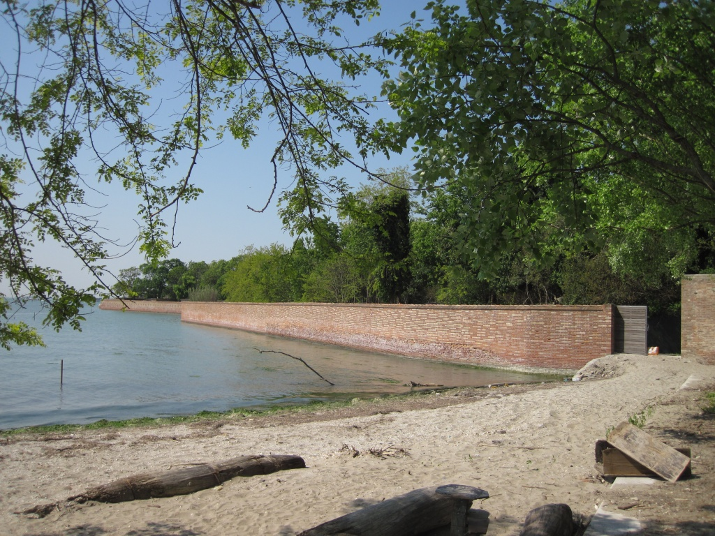 The beach on the Certosa island