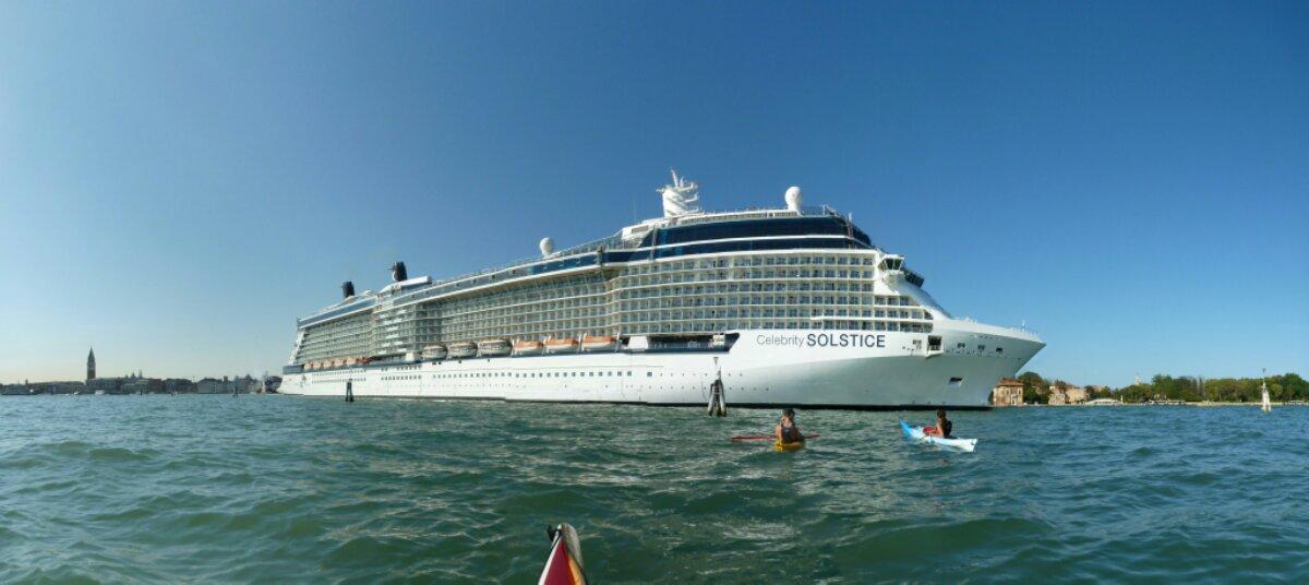 Cruise invasion of Venice