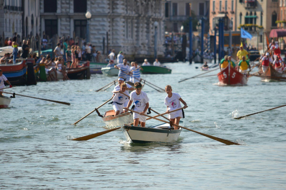 Regata Storica 2013 – young rowers