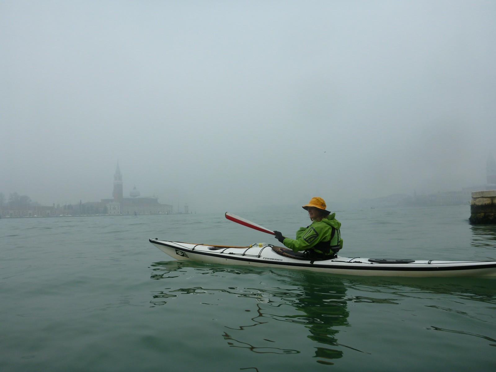 Loretta in Bacino San Marco foggy