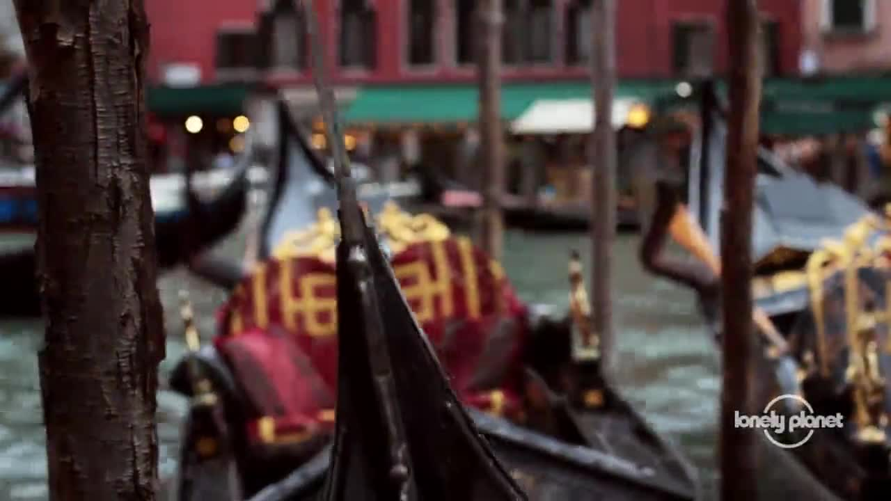 Lonely Planet - Across the Planet - Venice Kayak