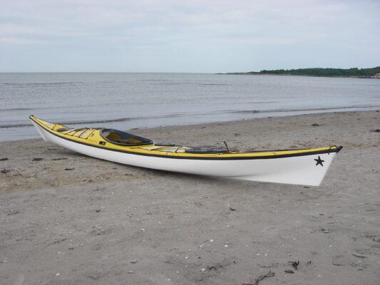 Rockpool Menai 18 on the beach at Varberg