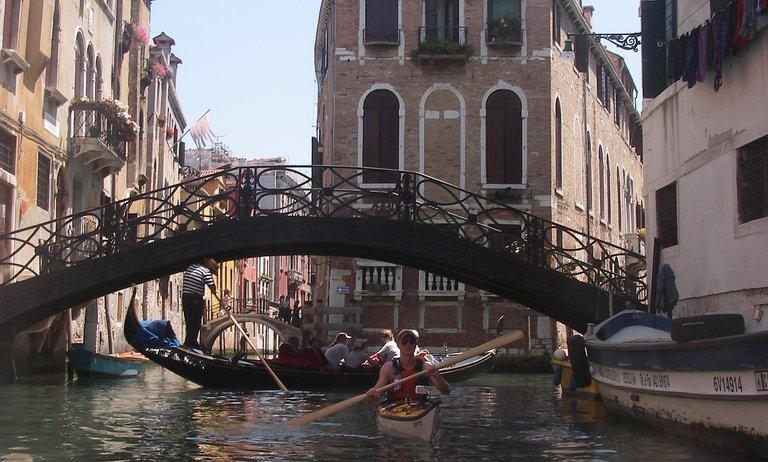 Paddling with gondolas