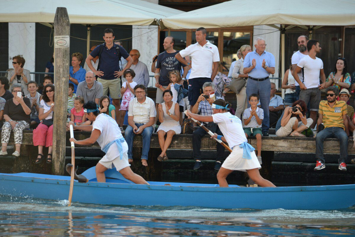 Regata Storica 2013 - women in mascarete