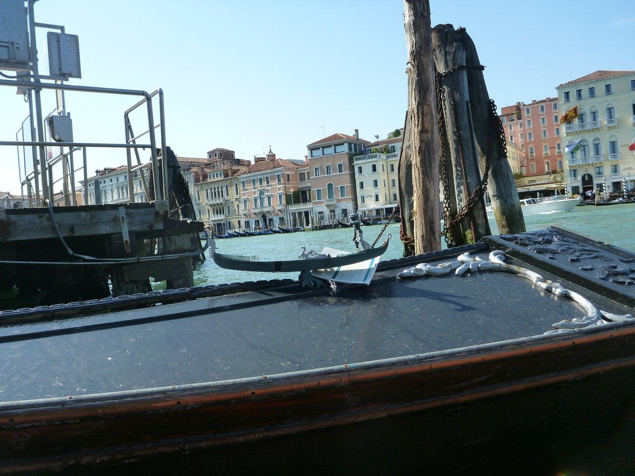 Gondola on gondola